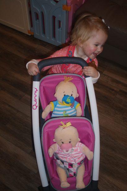 2 Baby Stella poppen en 1 Haba pop